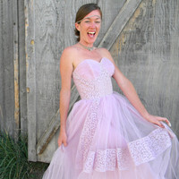 Vintage Strapless Prom Dress SALE - 50s/60s Lavender Tulle Pinup Party/Bridesmaid/Wedding Dress w/ Corset Bodice/FULL skirt - Size 0/xs