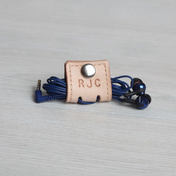 Personalized Leather Earbud Cord Holder With Snap - Natural