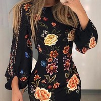 Lezlie Floral Print Fitted Dress