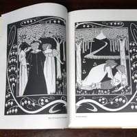 Collected Drawings Of Aubrey Beardsley 1st Edition