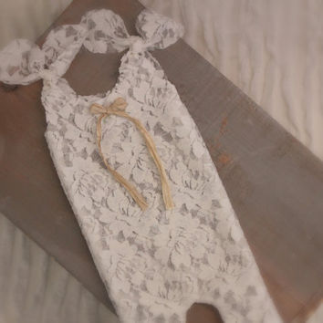 Newborn Lace Romper. Vintage Inspired, Baby Pants, Shabby Chic