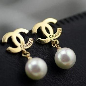 DCCKJ1A Chanel Stylish Ladies Logo Pearl Earring+Best Gift Gold