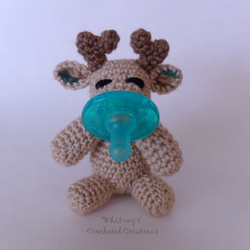 Crochet deer binky buddy, pacifier holder, paci, binky holder, baby shower gift, soothie, paci clip, new baby, deer plushie, camo fabric