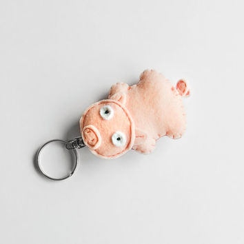 Pig felt keychain, cute piglet plush charm, pink stuffed piggy, felt accessory and fun gift idea for teens