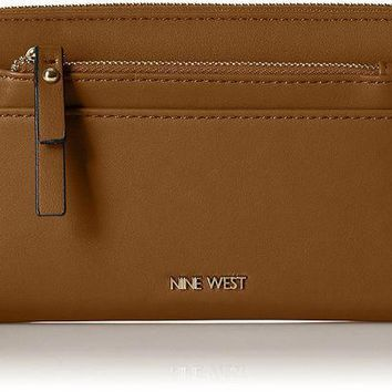 PEAPGQ6 Nine West Table Treasures Zip Around With Pouch Wallet