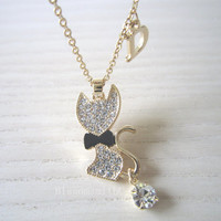 Cat necklace,gold necklace,Bow tie Cat necklace,lovely cat necklace,best gift for friends