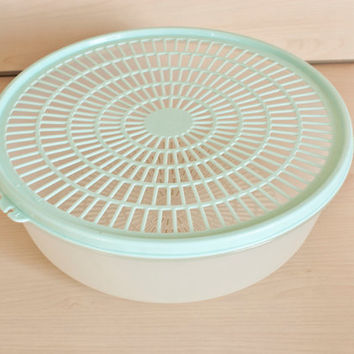 Vintage Tupperware Vegetable Washer, Salad Green Rinser, Robins Egg Blue Container, Strainer Lid