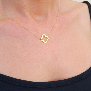 Simple Gold Necklace, Gold Clover Necklace, Gold Four Leaf Clover Necklace, Gold Jewelry Gift Jewelry, Clover Necklace Lucky Clover Necklace