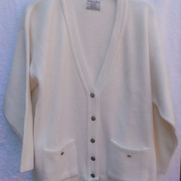 Vintage Woman's Sweater College Point Button Down White 1970s Size Large