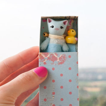 Tiny blue pearl cat toy and duck in a matchbox art Pocket poseable figurine Cake topper Miniature animals gift for kids, BJD YoSD MSD Blythe