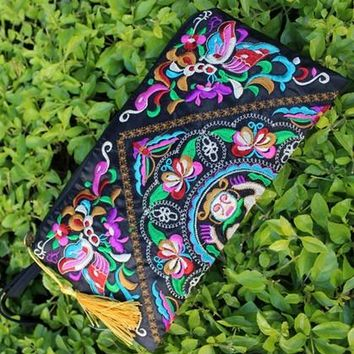 Vintage Embroidery Women Clutch Bag Retro National Trend Bag Women Wallet Double Faced Embroidered Coin Purse Clutch Handbag