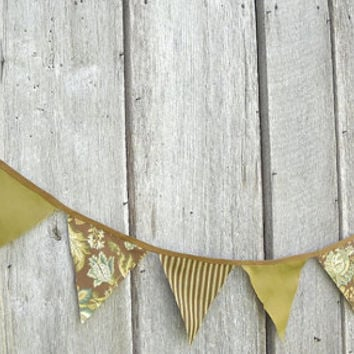 Custom Party Bunting, Fabric Flag Banner, Graduation Banner, Wedding Bunting, Party Decoration, Photo Prop Backdrop, Rustic Home Decor