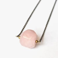Rose Quartz Necklace. Pink Quartz Jewelry. Earthy Stone Necklace. Hippie Vibe Jewelry. Gemstone Jewelry