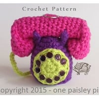 Dual Lip Balm Holder - Retro Telephone, holds both eos and tube lip balm at the same time - PDF CROCHET PATTERN