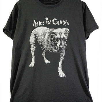 Alice in Chains Grunge music Rock band unisex tee.