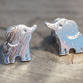 Silver plated tiny baby elephant stud earrings (EA00044)