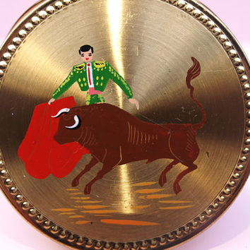 Small Powder Compact, Compact Mirror, Souvenir Compact, Matador and Bull, Spain, Spanish Souvenir, Vintage Travel, Gold Tone - 1940s / 1950s