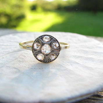Beautiful Vintage 18K Gold Diamond Ring - Old Rose Cut Diamonds - Lovely Quality - Daisy Design