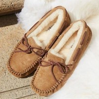 UGG Shoes Women's DAKOTA Knot Bowknot Wool Shoes Brown