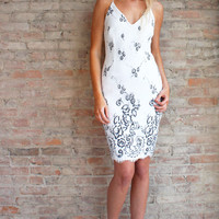 Saria Midi Dress - White