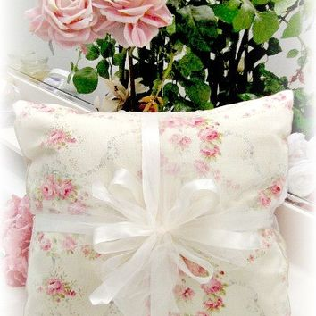 Everyday Romance Vintage Roses Pillow