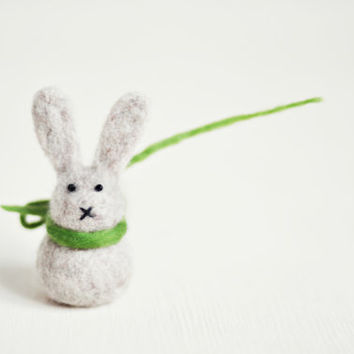 Ready to ship - Needle felted Easter Bunny decoration - Natural beige eco wool / Easter Ornament / Easter Rabbit / Miniature Easter gift