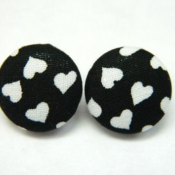 Button Earrings Black-White Heart Fabric