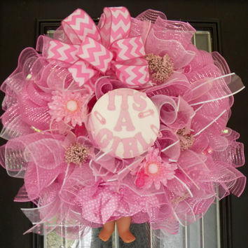 It's a Girl Baby Wreath, Baby Shower Decoration, It's a Girl Door Hanger, Baby Gift, New Baby Welcoming Wreath