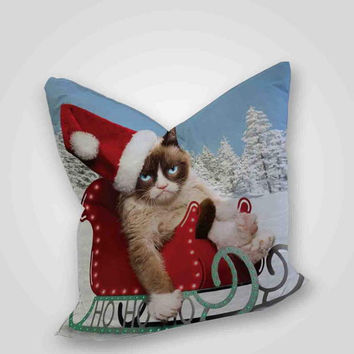 grumpy cats worst christmas ever, pillow case, pillow cover, cute and awesome pillow covers