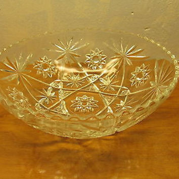 VINTAGE CRYSTAL SERVING BOWL