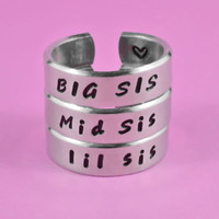 BIG SIS / Mid Sis / lil sis  -  Hand Stamped Rings Set, Forever Sisters, Personalized Sisters Gift, Handwritten Font Version