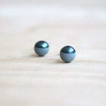 tiny wooden stud earrings gray metallic-blue dipped // grey post earrings - 6 mm // everyday jewelry, eco-friendly, pastel stud earringsmm -