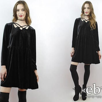 Black Velvet Dress 90s Velvet Dress Babydoll Dress 90s Mini Dress 1990s Dress 90s Dress Criss Cross Dress Goth Dress 90s Grunge Dress M L