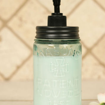 Pint- Mason Jar Soap Dispenser - Black Lid - *FREE SHIPPING*