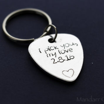 Custom Hand Stamped Anniversary Date Keychain, I Pick You My Love with Personalized Date and Heart Stamp, Couples Gift, Guitar Pick Keychain