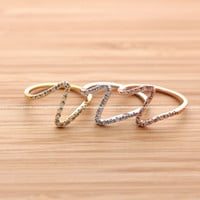 girlsluv.it - big WAVE ring with crystals, 3 colors