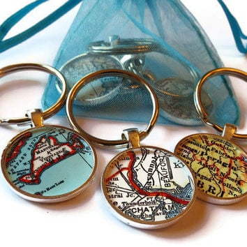 Custom keychain, personalized map key chain birthday gifts, custom map pendants for men