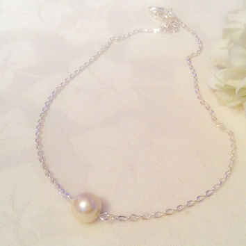 Single Pearl Necklace Cream Pearl Necklace One Pearl Necklace Pearl Jewelry Bridesmaids Wedding Pearl Necklace