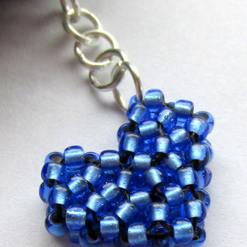 Blue Beaded Heart Cell Phone Charm, Mobile Accessory, Mobile Dust Plug, Anti Dust Plug, Stocking Stuffer, Headphone Plug, Phone Bling