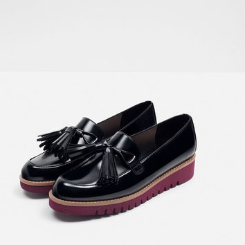 TASSELLED LOAFERS WITH CONTRAST SOLE - View all-SHOES-WOMAN | ZARA United States