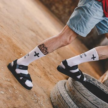 MY LORS Europe and the United States street trend tube high men and women socks cross casual dead fly skateboard cotton socks
