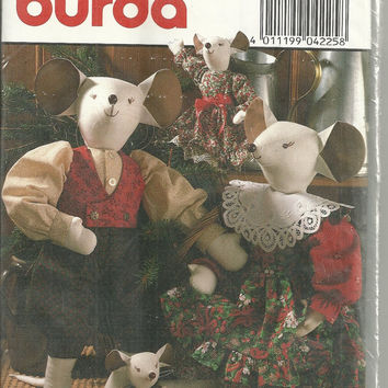 Mice with Clothes Burda 4225 Decorative Dolls in by debspatterns55