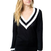 Sharp Contrast Sweater