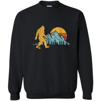 Retro Bigfoot Silhouette Mountain Sun  - Believe! Printed Crewneck Pullover Sweatshirt