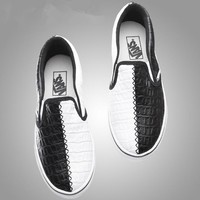 Vans casual fashion shoes for men and women