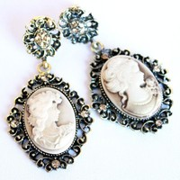 Cameo antique drop earring