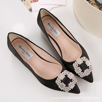 2018 Spring New Brand Women Low Heels Flats Silk Crystal Ballerina Flats Shoes Woman Slip On Ballets Ladies Dress Wedding Shoes