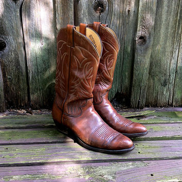 Vintage Justin Cowboy Boots in Cognac Leather with Stitching Detail  |  US Men's Size 11 B  | Made in the USA