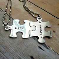 Best Bitches - Interlocking Puzzle Piece Best Friend Necklace Set