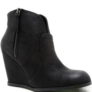 Noelle Wedge Booties - Black